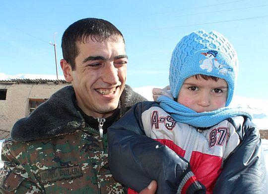 VivaCell-MTS celebrates housewarmings with 3 more families in Armenian border village