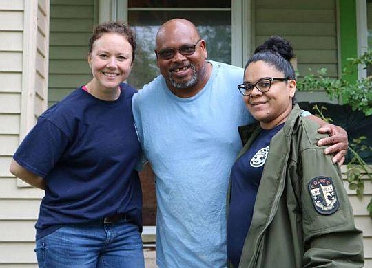 Volunteers spruce up properties in epicenter of Louisville neighborhood's transformation
