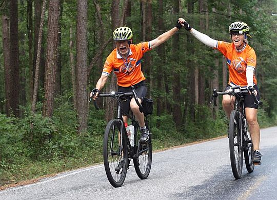 Selma Times-Journal catches up with cross-country Bicycle Adventure in Alabama