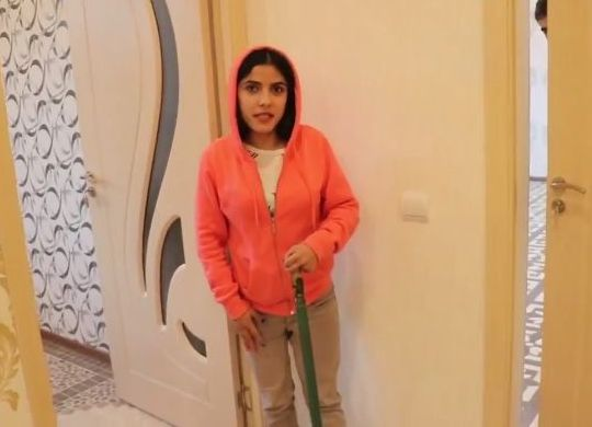 VIDEO: Anush takes you on a tour of her family's new home in Armenia