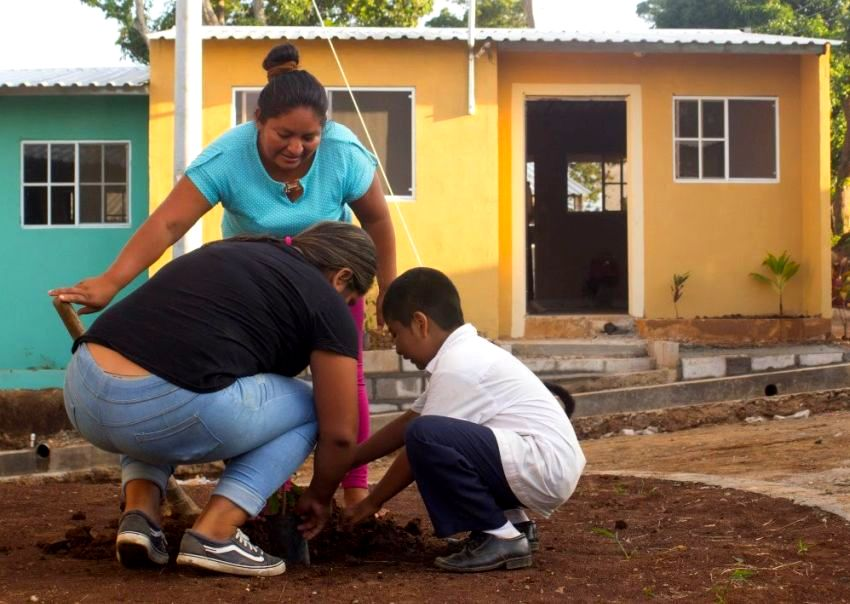 Another community in El Salvador is complete — 55 homes in Ahuachapán.