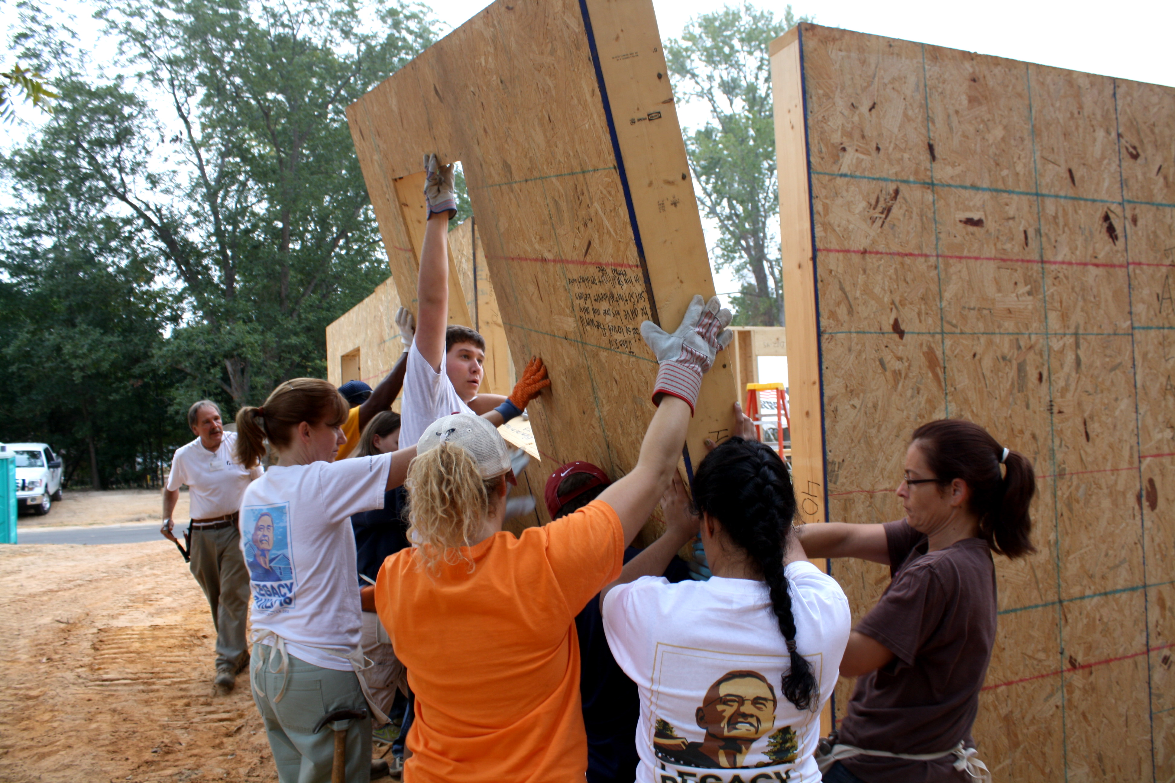 Legacy Build 2011: Weeklong blitz build off to strong start